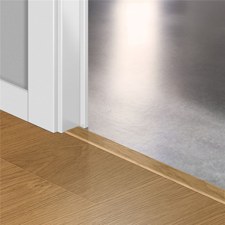 Ещё Порожки Quick-step INCIZO Natural varnished Oak planks