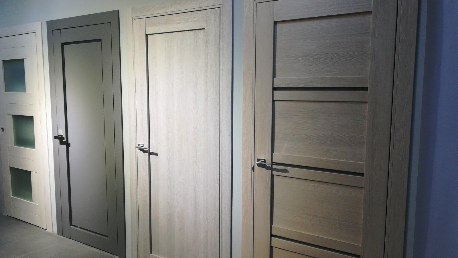 Двери на Почайной